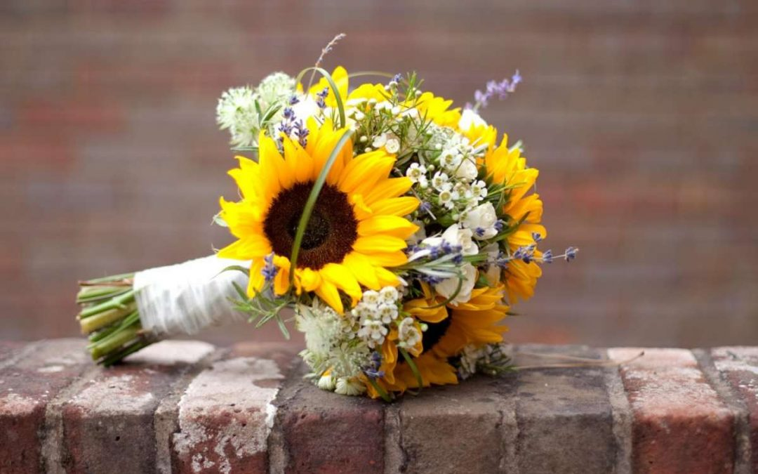 Bouquet Da Sposa Significato.Scelta Del Bouquet E Significato Dei Fiori Fashionnozze