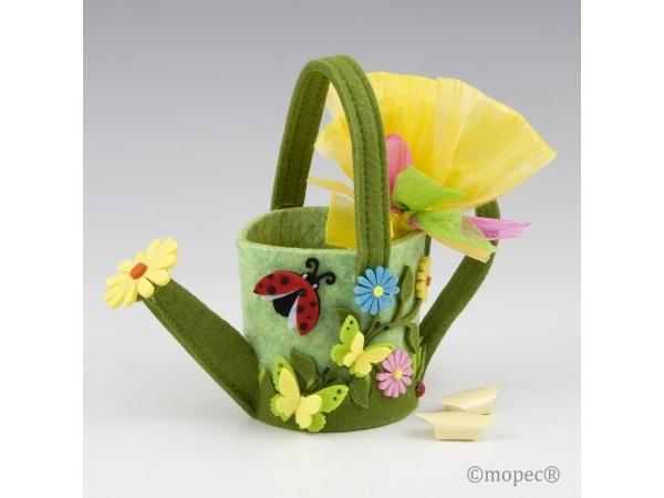 Annaffiatoio con i fiori